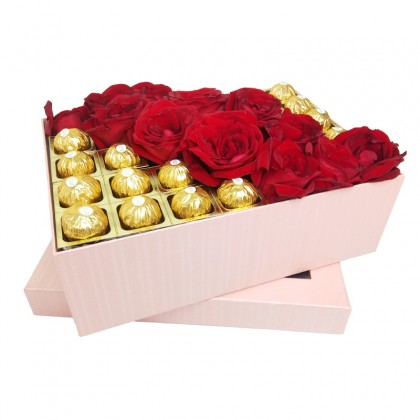 Dearie Darling Box : Red Roses & Chocolates